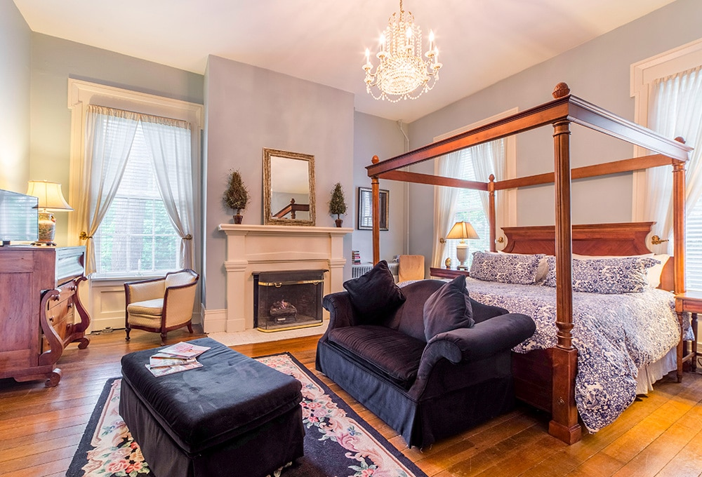 One of the stunning guest rooms at our Bardstown KY Lodging